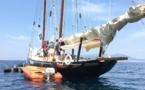 L'équipe de France 3 Corse ViaStella en visite sur la goélette Grande Zot lors des Journées de la Mer et des Litorraux à Pietrosella